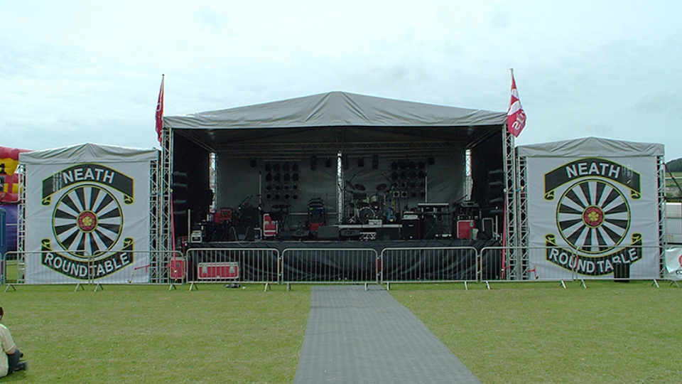 Stage Hire 4 with Fully covered wings